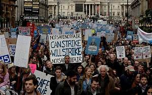 Junior doctors protest in London over evenings and weekend ...