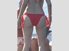CELEBUND Jennifer Lopez Bikini Pics