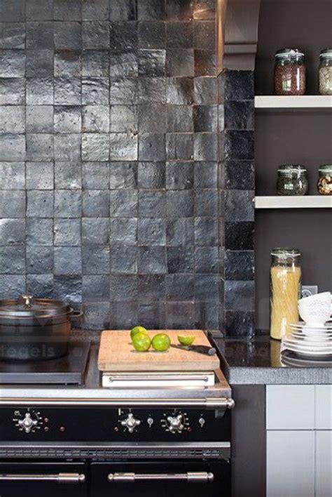 cuisine atypique d馗o zellige keuken zwart tundra impermo wandtegel handgemaakte tegels tegel kleuren prijzen i n t e r i o r cuisines recherche et