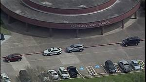 Student with gun arrested at Pearland High School, police say