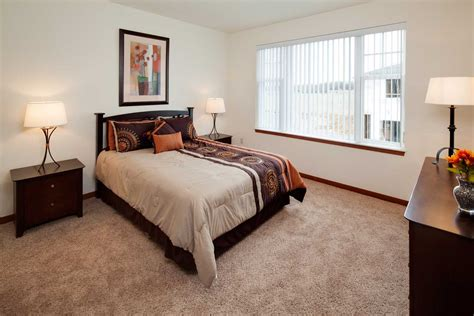 One Bedroom Apartments Wi by Two Bedroom Apartments In Waukesha Wi Lincolnshire