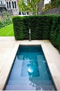 die 25 besten ideen zu kleiner gartenteich auf pinterest With französischer balkon mit swimming pool kleiner garten