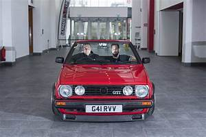 Golf 2 Cabriolet : british garage converts volkswagen golf 2 gti to very short wheelbase cabrio autoevolution ~ Medecine-chirurgie-esthetiques.com Avis de Voitures