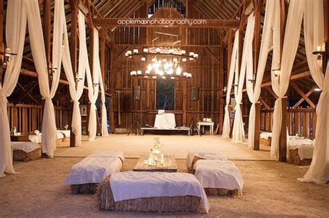 Barn Wedding Decorations : 100 Stunning Rustic Indoor Barn Wedding Reception Ideas