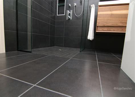 Doorless shower   Céramiques Hugo Sanchez Inc