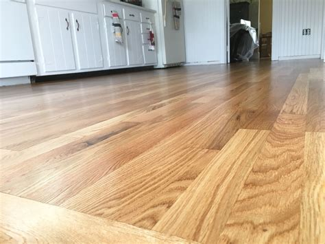 Click here for White oak flooring with a velvety soft