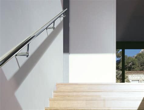 corrimano per scale interne a muro ringhiere per scale spazio scale 140 a cormano