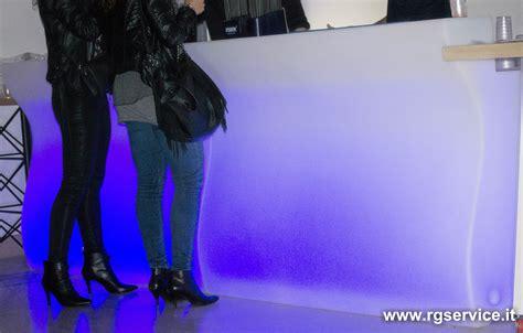 banchi bar luminosi banconi bar luminosi modulari in polietilene