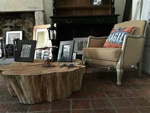 Un tronc d'arbre devient table basse recyclage et Cie