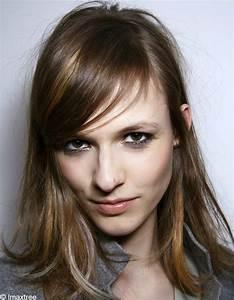 Balayage Cheveux Frisés : balayage cheveux tout savoir sur le balayage cheveux elle ~ Farleysfitness.com Idées de Décoration