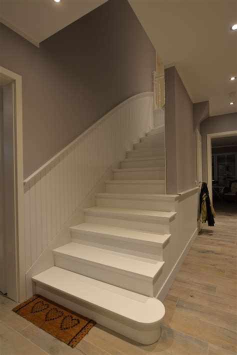 Treppenaufgang Tapezieren Ideen by Wandverkleidung Holzpaneele Treppenhaus