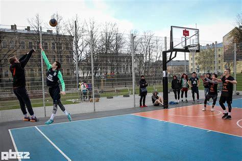 Multifunkcionāls sporta laukums Brasā | Iedzīvotāji Rīgas ...