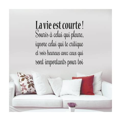 lavieestcourte on topsy one