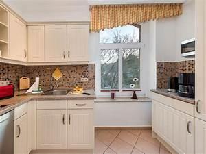 Küchenzeile Mit Insel : ferienwohnung strandrose in der villa gl ckspilz ~ Michelbontemps.com Haus und Dekorationen