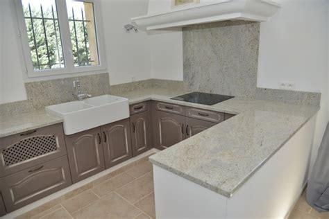 plaque de marbre cuisine cashmir white poli plans de travail granit carrelages