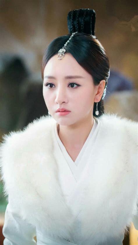 杨蓉最美古装图片_伊卟图库