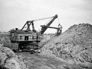 Bucyrus Erie Steam Shovel 1915 Photograph by Daniel Hagerman