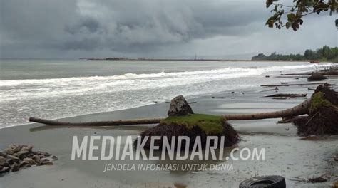 abrasi pantai ancam desa puudonggala utama  konut