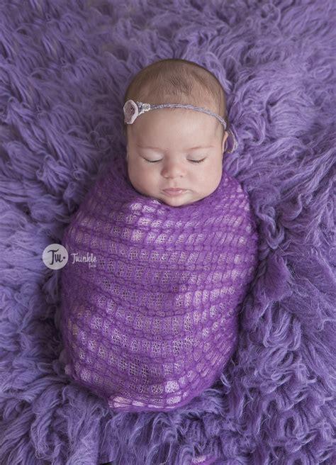 sesion de fotos de bebe de  mes carmen twinkle foto