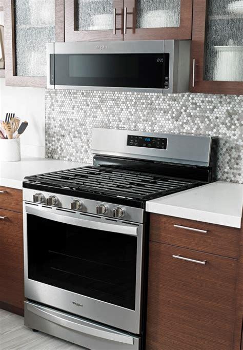 shop microwaves whirlpool