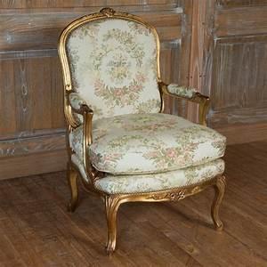 Meuble Style Louis Xv : fauteuil montespan style louis xv louis xv ateliers allot meubles et si ges de style ~ Dallasstarsshop.com Idées de Décoration