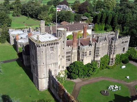 Thornbury Castle-Hotel, Walking In The Footsteps Of The Tudors
