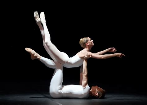 das stuttgarter ballett tanzt strawinsky glanzlichter das stuttgarter ballett tanzt cranko in das
