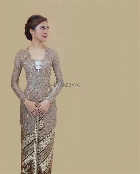 pin  amalia insani  wedding attire kebaya kebaya