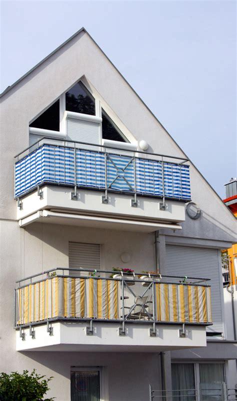 sichtschutz balkon stoff welcher stoff eignet sich als sichtschutz f 252 r den balkon sichtschutz balkon
