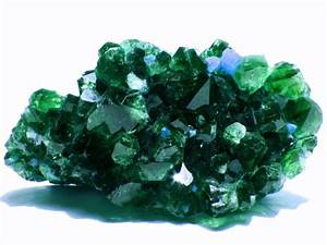 May Birthstone: Emerald Meaning and Uses