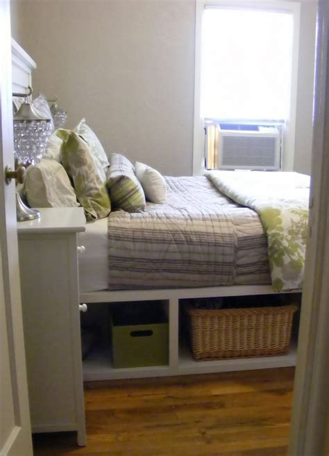 queen captains bed  storage woodworking projects plans