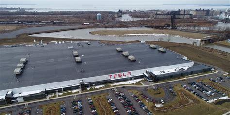 tesla accelerates hiring effort  gigafactory