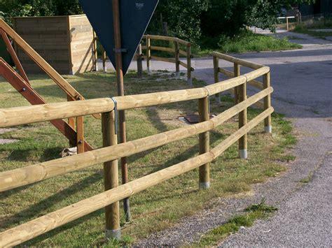 corrimano in legno per esterni staccionate in legno prezzi