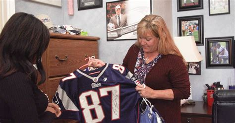 rob gronkowskis mom  robs retirement  super bowl