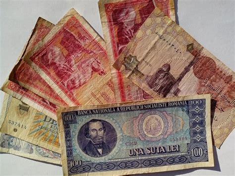 picture yugosalvia serbia hungary money