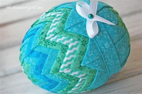 How To Make A Quilted Fabric Easter Egg