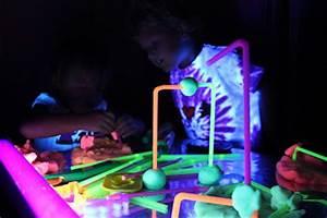 Play At Home Mom LLC Glow Dough