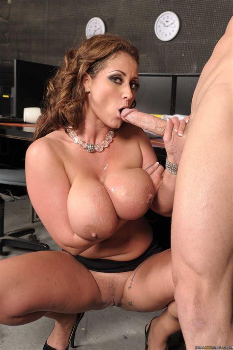 Busty Eva Seduces Her Boss After Work Photos Eva Notty