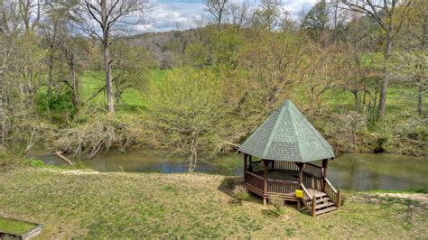 The are opportunities for hiking, canoeing, whitewater rafting on the ocoee river, tubing on the toccoa river, horseback riding, swimming, fishing, golfing, forest. Black Bear River Lodge Rental Cabin   Cuddle Up Cabin Rentals