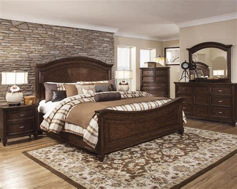 Transitional Bedroom Set Halton Park By Magnussen Mgb3033