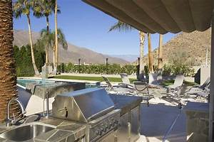 Outdoor Kitchen Appliances: Must-Haves for Your Next ...