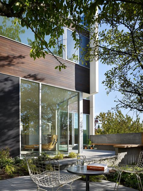 In The Backyard by 18 Spectacular Modern Patio Designs To Enjoy The Outdoors
