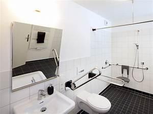 Behindertengerechte Badezimmer Beispiele : beispiele ~ Eleganceandgraceweddings.com Haus und Dekorationen