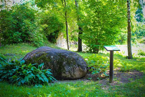 Bauskas Pētera akmens | Ancientsites / Senvietas