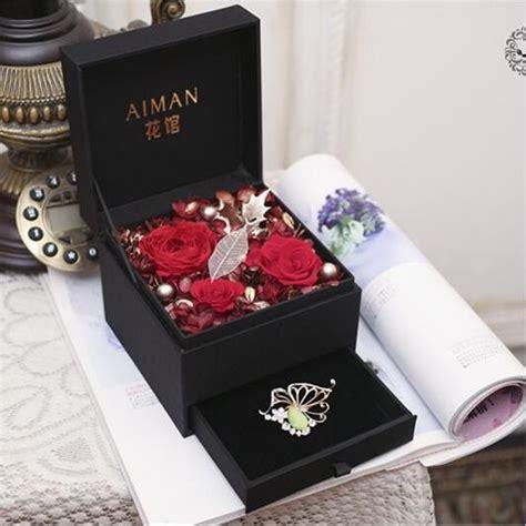 preserved fresh flower gift box flower gift  lover