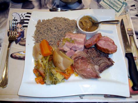 cuisine bretonne kig ha farz cr 234 perie restaurant les korrigans restaurant plougasnou 29630 manger en bretagne
