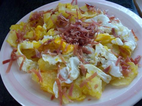recetas de cocina faciles  estudiantes huevos rotos
