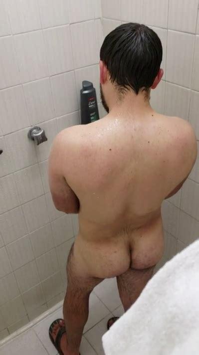 hall pass girl naked