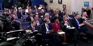 White House Reporters Question Limits On Photo Access At ...