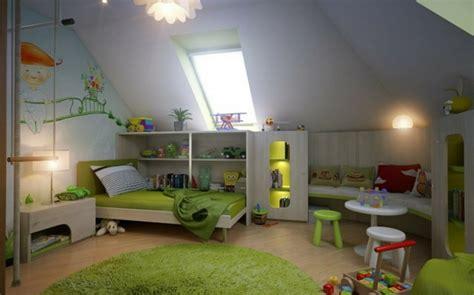 Kinderzimmer Dachschräge Gestalten by Kinderzimmer Mit Dachschr 228 Ge Gestalten